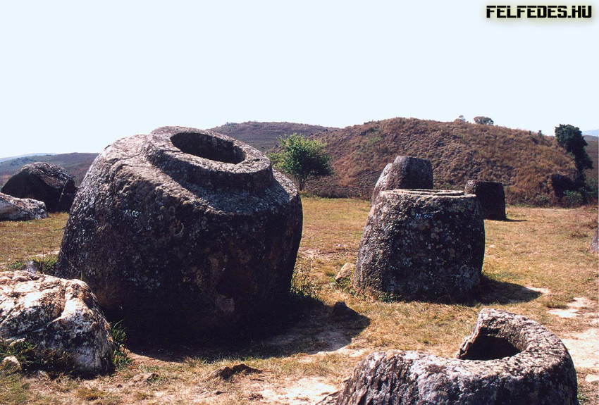 Delightful-Iron-Age-Cemetery-Sites-at-The-Plain-of-Jars