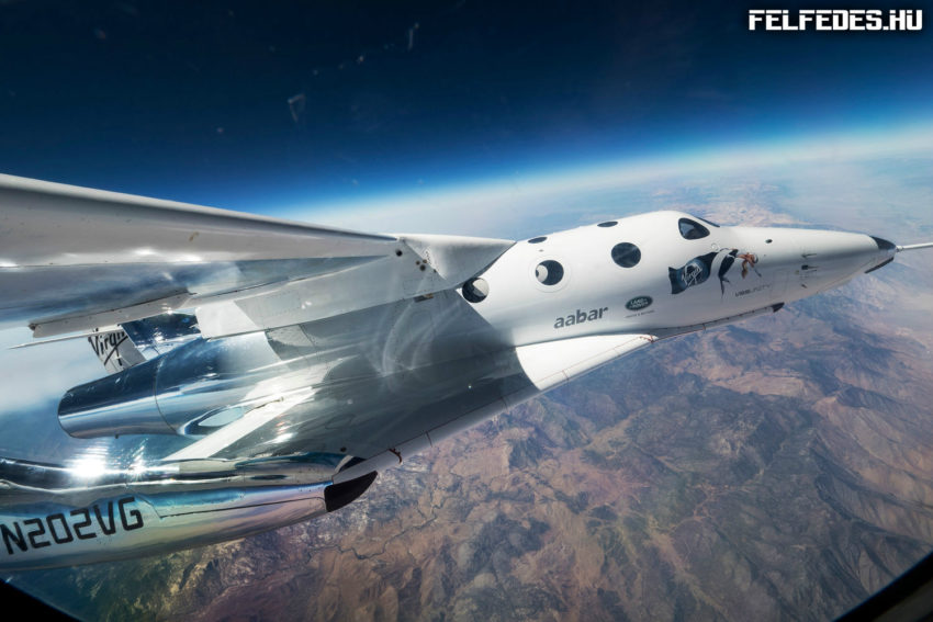 virgin-galactic-spaceshiptwo-unity-first-captive-flight-6